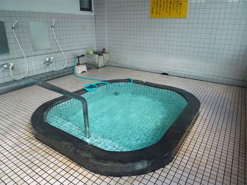 朝見八幡温泉浴槽.jpg